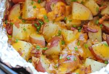 Potatoes cheddar bacon slow cooker