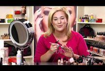 Airbrush make up and nails