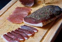 saucisses...saucissons...viande séchée