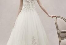 Weddings <3 / by Hailey Johnnie