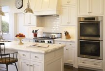 Kitchen / New House: Kitchen Ideas / by Julie {The Girl in the Red Shoes}