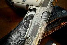 Zbrane, Guns / Pištole,