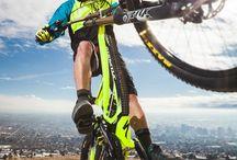 Mountain Biking / Epic actions on MTBs