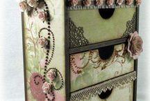 Ideas para decorar organizador al estilo vintage con tecnica scrapp