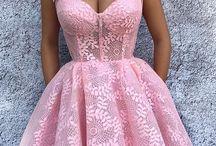 korzetove šaty
