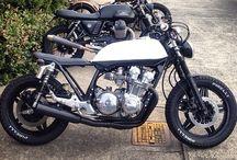 Caffè races moto / Amazing dream, run the world