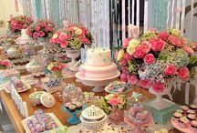esküvői asztal sütik