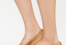 Shoe Lowdown  / by Stylefindher 50 +