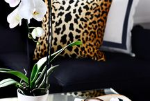 Leopard print decor / It's timelessly chic but seriously on trend, leopard print is about to be EVERYWHERE. Keep it to acccessories for an understated hint of safari luxe, or splash it all over if you're feeling WILD!!