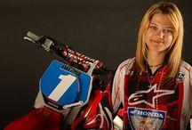 Girl bike fun / Motocross women