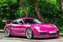 Porsche 911 pink