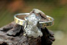 Metal Studio Rough Diamond Rings / Stunning rough diamond rings from the Metal Studio collection by jewelry designer Sirilak Samanasak. For more information please visit the website www.metalstudiojewelry.com or contact us at info@metalstudiojewelery.com