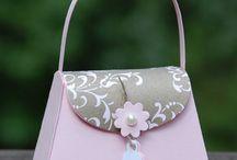 Petite purse die
