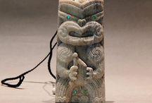 Maori bonecarvings by Rangi Wills