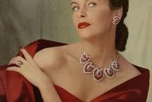 Estilo Sofisticado / Prendas y joyas de estilo sofisticado