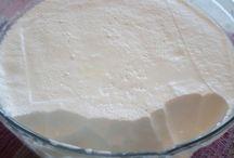 sýry a jogurty