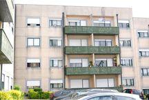 Apartamento T2+1 em Oliveira do Douro / Apartamento com excelentes áreas e todo renovado. Localizado perto do parque da Lavandeira e N222. Preço: 90000€ Para mais informações ligue o 933 406 871 ou mande mensagem para ahipolito@remax.pt