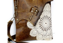 Love me some purses / by Shelley Taylor
