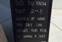 Signs that will lure you... / Or at least make you laugh. Restauranteurs and bartenders pull out their best stuff on sandwich boards, signs, chalkboards.
