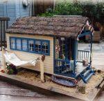 miniture huts