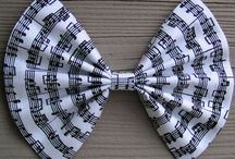 Bows / by Yaneisi Milian