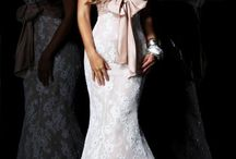 Dresses / by Kirsten Ley