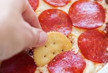 Foody - Dips / by Harri TrailerHood Chic