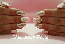 Nail artist Paola