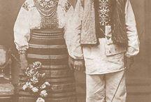 Traditional costumes / Traditional costumes