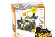 Zabawki HEXBUG / HEXBUG wierzy w wykorzystanie potencjału zabawy robotyką w nauczaniu dzieci podstawowych zasad fizyki.