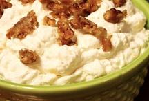 Dip Right In: *Dessert Dips* / Sweet dips of all kinds!  / by Cyndi Kongsangobsakul