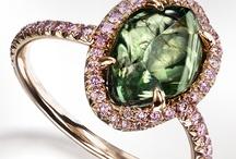 Rings <3 / by Alicia Modin