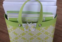 Handbag with note cards / Paper handbags containing note cards and envelopes. Perfect gift for someone who has everything.