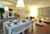 Tecnisa Casa Bosques da Vila / A casa de 82,66m² do Bosques da Vila, em Cotia, decorada pela arquiteta Teresinha Nigri tem sala com espaço para 02 ambientes confortáveis, living e jantar. http://ow.ly/blMvf