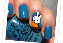 Pretty Nail Designs / by Helena
