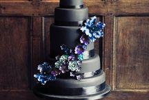 Cakes / by Emily Mcdearmid