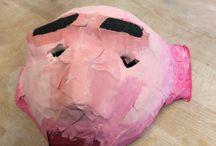 Masker / Dit is een masker van de film the lord van of the kings. Een masker gemaakt van papiermache