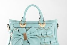 Cute Handbags! / by Destiny Paseka
