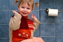 LITTLE GIRLS NEEDS. LEARNING POTTY TRAINING. PARENTING .