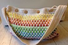 Crochet Handbags / Find the best free crochet bag patterns including crochet purses, crochet totes, gift bags and more.