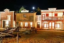 """Western Park Boskovice / Westernové městečko Boskovice / Close to us / Bllízko od nás - Nedaleko od nás, v Boskovicích, se nachází jedinečné """"městečko"""" nabízející návštěvu autentického prostředí Divokého západu. Celodenní program nabízí spoustu zábavy nejen pro rodiny s dětmi, ale i pro ty, kteří mají chuť se bavit v jakémkoliv věku."""