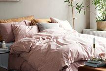 ↠ bedroom
