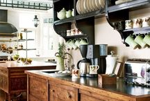 Inspirational Kitchens / by Maria Barros