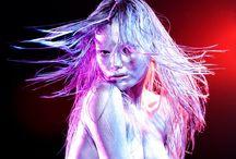 Autoral - Luz, cor e atitude / Ensaio Fotográfico, utilizando luz, sombra, cor e atitude. Tinta Corporal Fluorescente Neon Fluorcorp