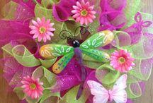 wreaths / by Susan Lent