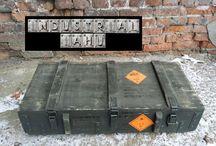 boxes box Industrial Military  / skrzynie skrzynki  wojskowe przemysłowe / On this table shows what I have to sell in the store IAHU original box industrial military and their interesting use.  Na tej tablicy pokazuje jakie mam do sprzedania w magazynie IAHU oryginalne skrzynki  wojskowe przemysłowe oraz ich ciekawe zastosowanie.