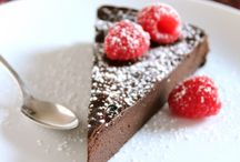 Eat cake! / Desserts that make my mouth happy.