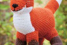 Knit and Crochet - Stuffed animals / by Hanne Adelman