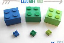 boxes / wrapping/envelopes/boxes