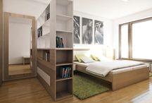 Moderní ložnice s pracovnou / Designová ložnice s knihovnou a pracovním koutkem je ideálním řešením pro ty, kteří pracují z domu